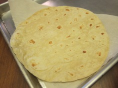 Here's a La Tortilla Factory Olive Oil tortilla with 12 g of fibre.