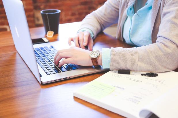 writing mother blogger plan SAHM WAHM